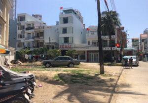 bãi đậu xe tại khách sạn min