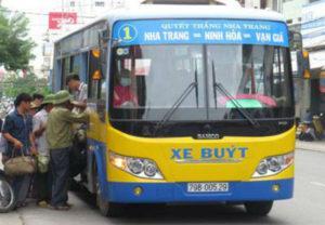 xe bus đi vạn giã