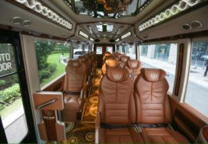 xe limousine cúc tùng