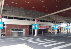 cửa số 2 sân bay cam ranh