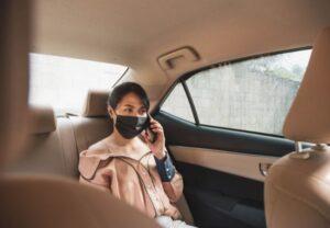 cách ngồi trên xe ô tô